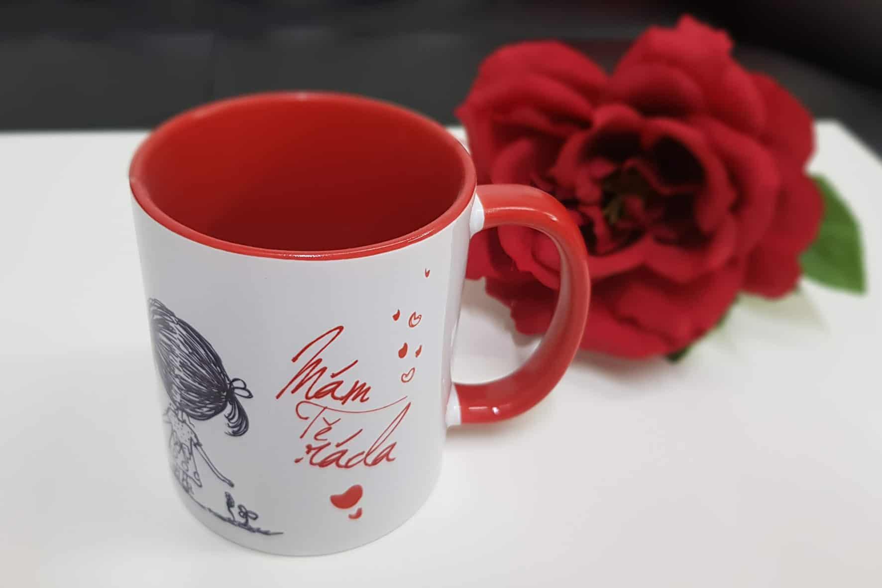 hrnek bílý-červený A